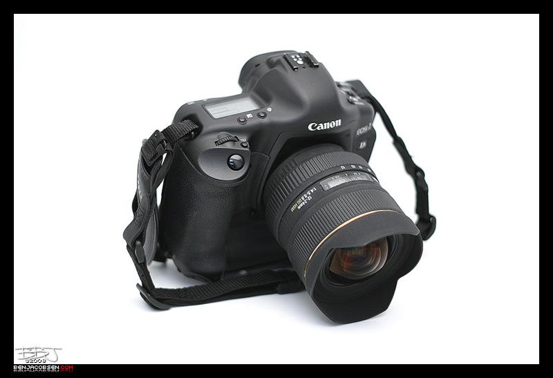 IMAGE: http://gear.benjacobsenphoto.com/wp-content/gallery/canon-1dmii/77060514.jpg